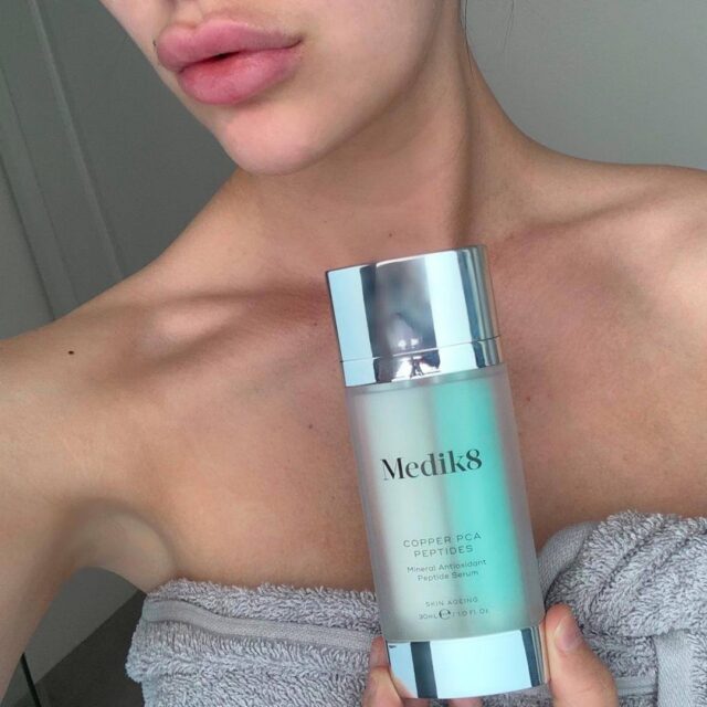 The Firewall Antioxidant Serum by @medik8australia recharges and energizes the skin with anti-aging results.  💚 Is suitable for all skin types 💚 Nuetralises free radicals 💚 Helps prevent premature aging by reducing the appearance of fine lines and wrinkles.  Explore our full range of Medik8 skincare products online.