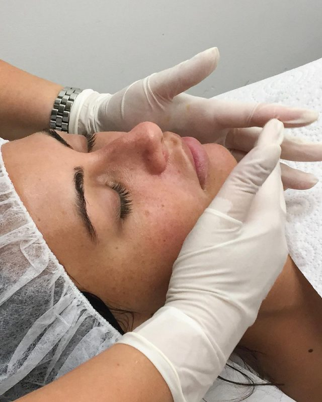 Invest in your skin with customised Chemical Peel treatments designed to help you reach your skin goals.  Our passionate team of clinical therapists can educate and tailor a treatment program that focuses on your skin priorities leaving you #resultsconfident
